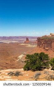 Canyonlands National Park in southeastern Utah is known for its dramatic desert landscape carved by the Colorado River. Island in the Sky is a huge, flat-topped mesa with panoramic overlooks