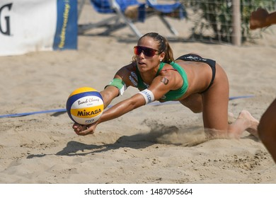 Caorle (VE), Italy, August 25 2019 bagher di Michela Lantignotti during Semifinals Championship Absolute 2019 - Men And Women Beach Volley