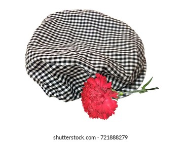 Cap of chulapo and carnation