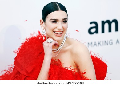 CAP D'ANTIBES, FRANCE - MAY 23: Dua Lipa attends the amfAR Cannes Gala 2019 at Hotel du Cap-Eden-Roc on May 23, 2019 in Cap d'Antibes, France.