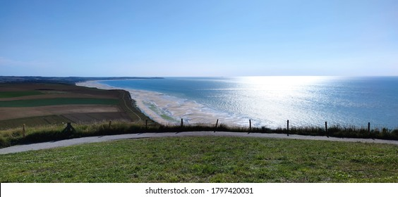 The Cap Gris-Nez Classified since 1987, along with the Cap Blanc-Nez are the must-see sites on the Opal Coast, which welcome nearly a million visitors each year.