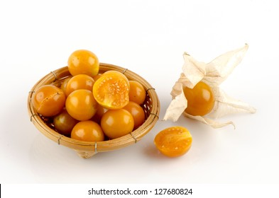 Cape gooseberry or Golden Bell (Name Thailand)(Physalis peruviana L.)