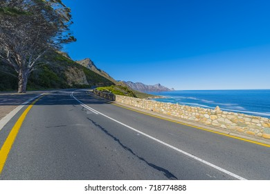 Cape Town, Clarence Drive - Mountainview, coastal road