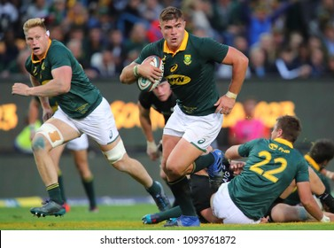 CAPE TOWN, SOUTH AFRICA - Saturday 7 October 2017,  Malcolm Marx  of South Africa charges ahead during the Castle Lager Rugby Championship Test