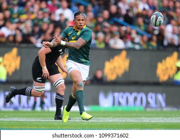 CAPE TOWN, SOUTH AFRICA - Saturday 7 October 2017, Elton Jantjies of South Africa during the Castle Lager Rugby Championship Test between South African Springboks and the New Zealand All Blacks.