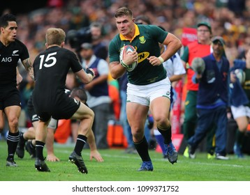 CAPE TOWN, SOUTH AFRICA - Saturday 7 October 2017,  Malcolm Marx of South Africa charges towards the try line during the Castle Lager Rugby Championship Test