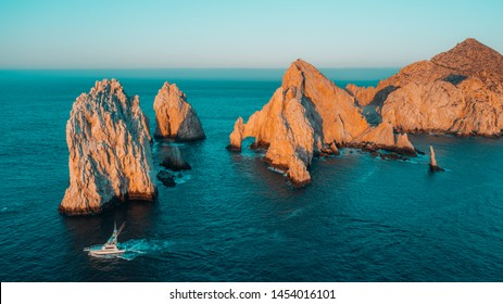 The capes, the bow of Cabo San Lucas.