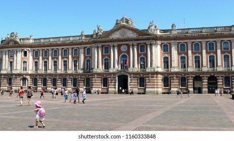Capitol Square in Toulouse, Haute-Garonne, France