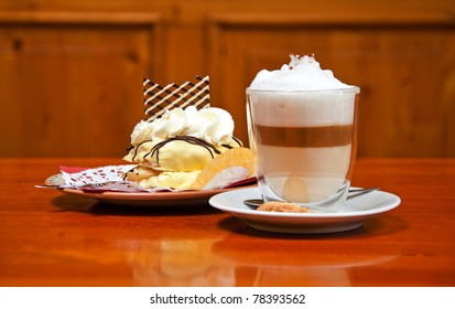 cappuccino with dessert