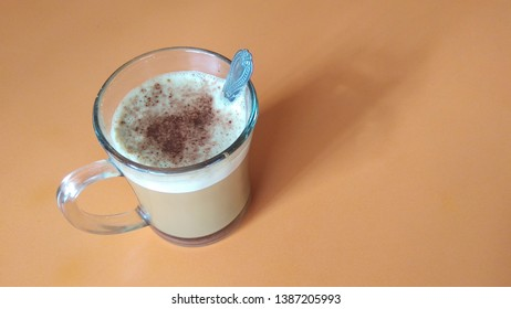 cappucino or latte with choco granule