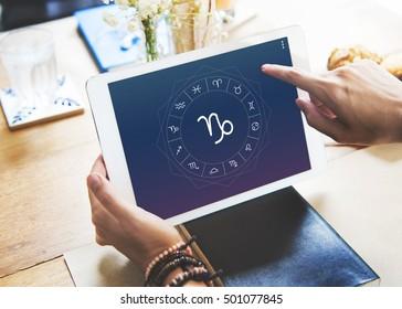 Online Horoscope Images, Stock Photos & Vectors | Shutterstock
