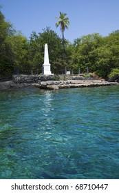 Captain Cook Monument at Kealakekua Bay, Hawaii