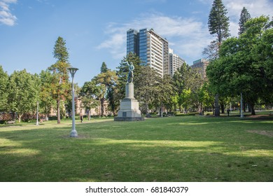 Captain James Cook statue at Hyde Park with people in Sydney, Australia/Captain James Cook/SYDNEY,WA,AUSTRALIA-NOVEMBER 18,2016:Captain James Cook statue at Hyde Park with tourists in Sydney,Australia