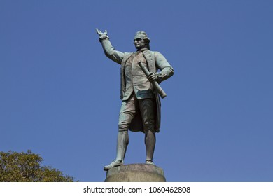 Captain James Cook statue, Sydney, Australia