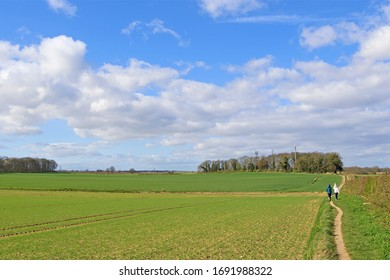 Capturing a local and rural walking route, to self isolate and self distance during the Covid 19 era.