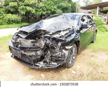 car after accident last night and driver safety by air bag