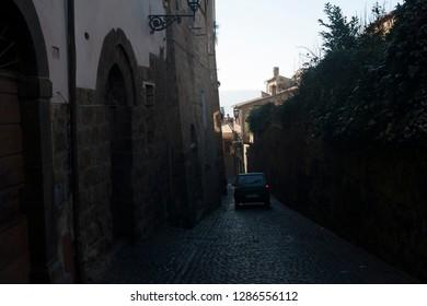 a car in an alley