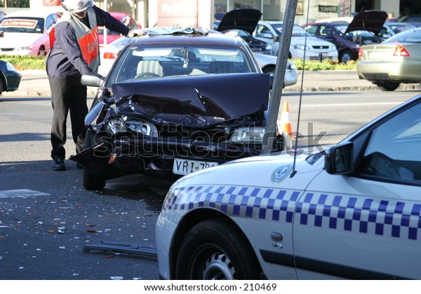 Car Crash Adelaide Kensington Road November Stock Photo Edit Now