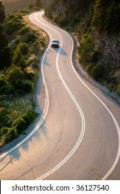 Autoverkehr im Zweikampf