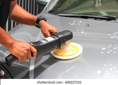 Car detailing : car polish