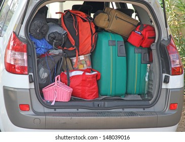 Car full of luggage before leaving for the summer holidays