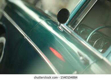 car green walpaper cardoor style
