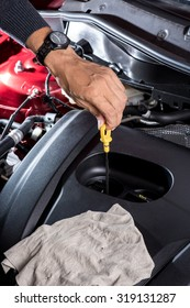 car maintenance, check the engine oil level