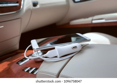 Car mobile phone charger