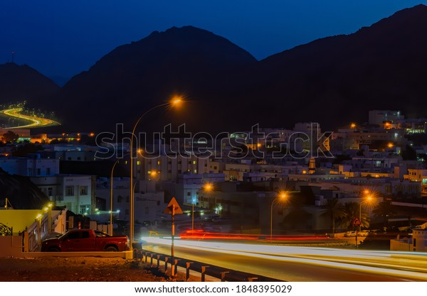 car-motion-trails-on-peaceful-600w-18483