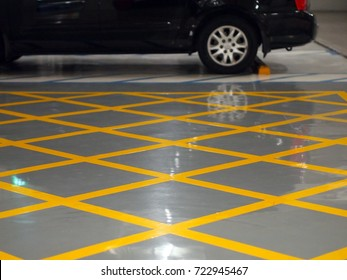 Car Park, Diagonal grid Traffic Line, Epoxy Glossy surface floor