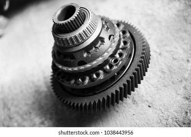 Car parts transmission gears black and white