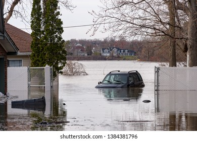 Car submerged near Montreal, during spring floods in 2019