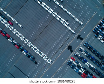 A car that aligned neatly. A bird's eye view.