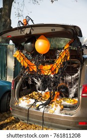 A car trunk decorated for Halloween trick or treat game