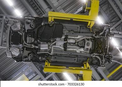 Imagenes Fotos De Stock Y Vectores Sobre Underbody Of The Car