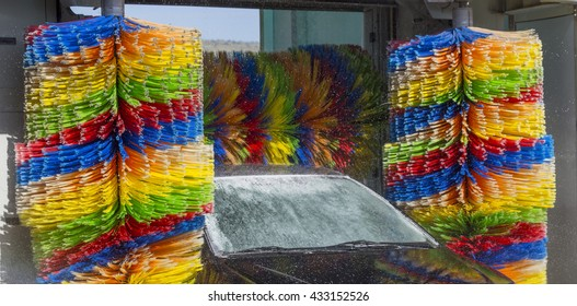car wash clean , brushes , colors