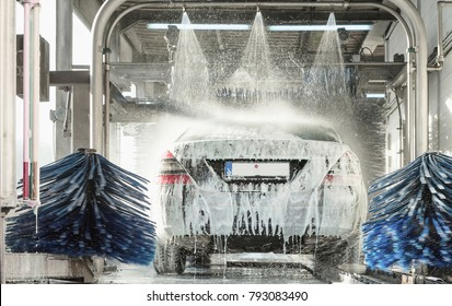 car wash, car wash foam water, Automatic car wash in action