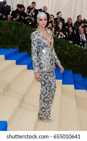 Cara Delevingne attends the 2017 Metropolitan Museum of Art Costume Institute Gala at the Metropolitan Museum of Art in New York, NY on May 1st, 2017