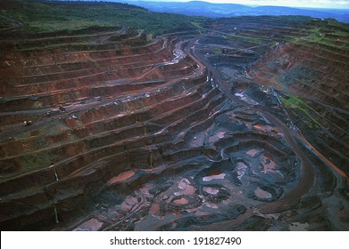 Carajas, Para, Brazil -� 2010: Carajas Mine, largest iron ore mine in the world, located in Para, Brazil. The mine is operated as an open-pit mine, estimated to contain 7.2 billion tons of iron ore