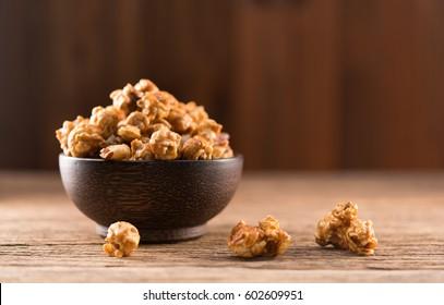 caramel popcorn on wood