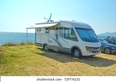 caravan sea holidays summer