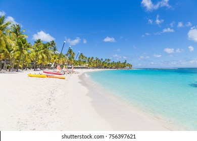 Caravelle's Beach. Sainte-Anne, Guadeloupe