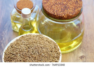 caraway seeds essential oil with caraway seeds