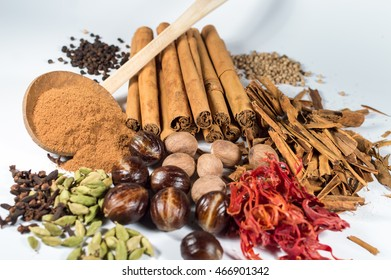 Cardamon, cloves, Black pepper, white pepper, cinnamon, cinnamon power,nutmeg,mace
