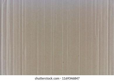Cardboard strips and kinks on the cardboard.