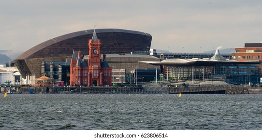 Cardiff Bay Seafront with National Assembly for Wales. Pierhead Building and Wales Millenium Centre with the Assembly complex in Cardiff Bay, Wales, UK