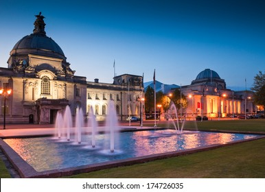 Cardiff City Hall (1906) and fountains at night in the heart of the capital, city Museum to the right.