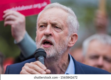 Cardiff, Wales, UK, April 21st 2017. Labour leader Jeremy Corbyn speaks at a Labour party rally on Whitchurch Common in the Cardiff North constituency.