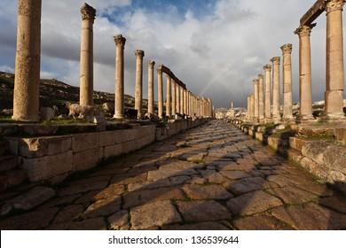 Cardo Maximus, main street of the Roman and Greek ruined city Jerash in North Jordan, Arabia, Middle East.