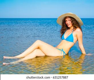Careless Vacation Splashing Beauty